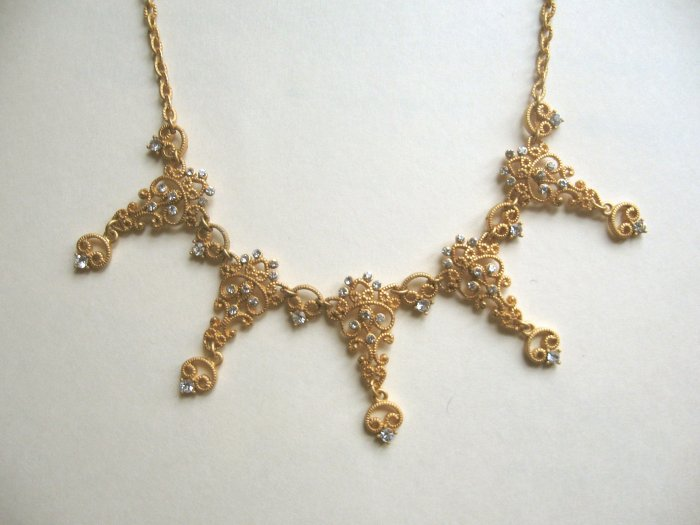 inv - Mat gold dressy necklace with crystals - FREE sh/h