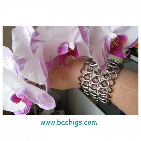 Chainmaille silver gunmetal trendy fashion bracelet