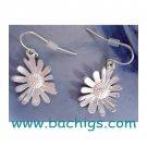 Matt Silver daisy earrings - NEW -