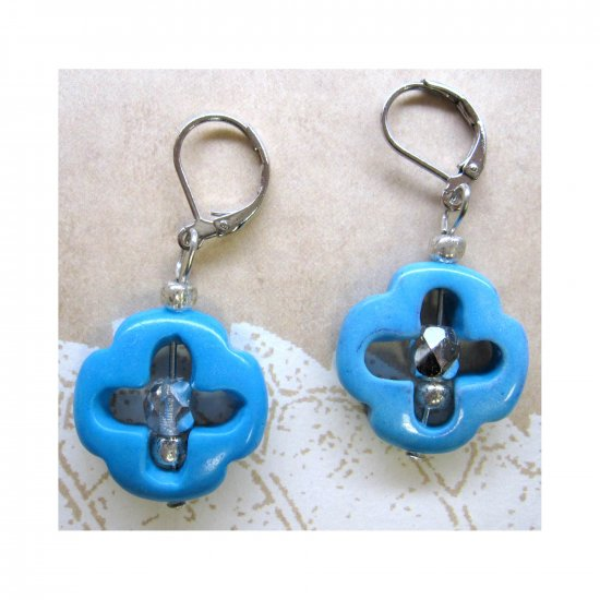 Turquoise cross fashion earrings - new