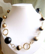Black and gold baubles circles statement fashion necklace