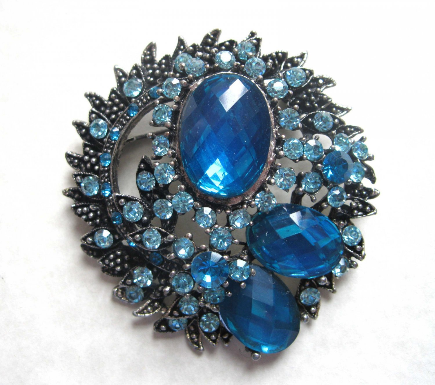 Large statement blue crystals fashion pin/pentdant