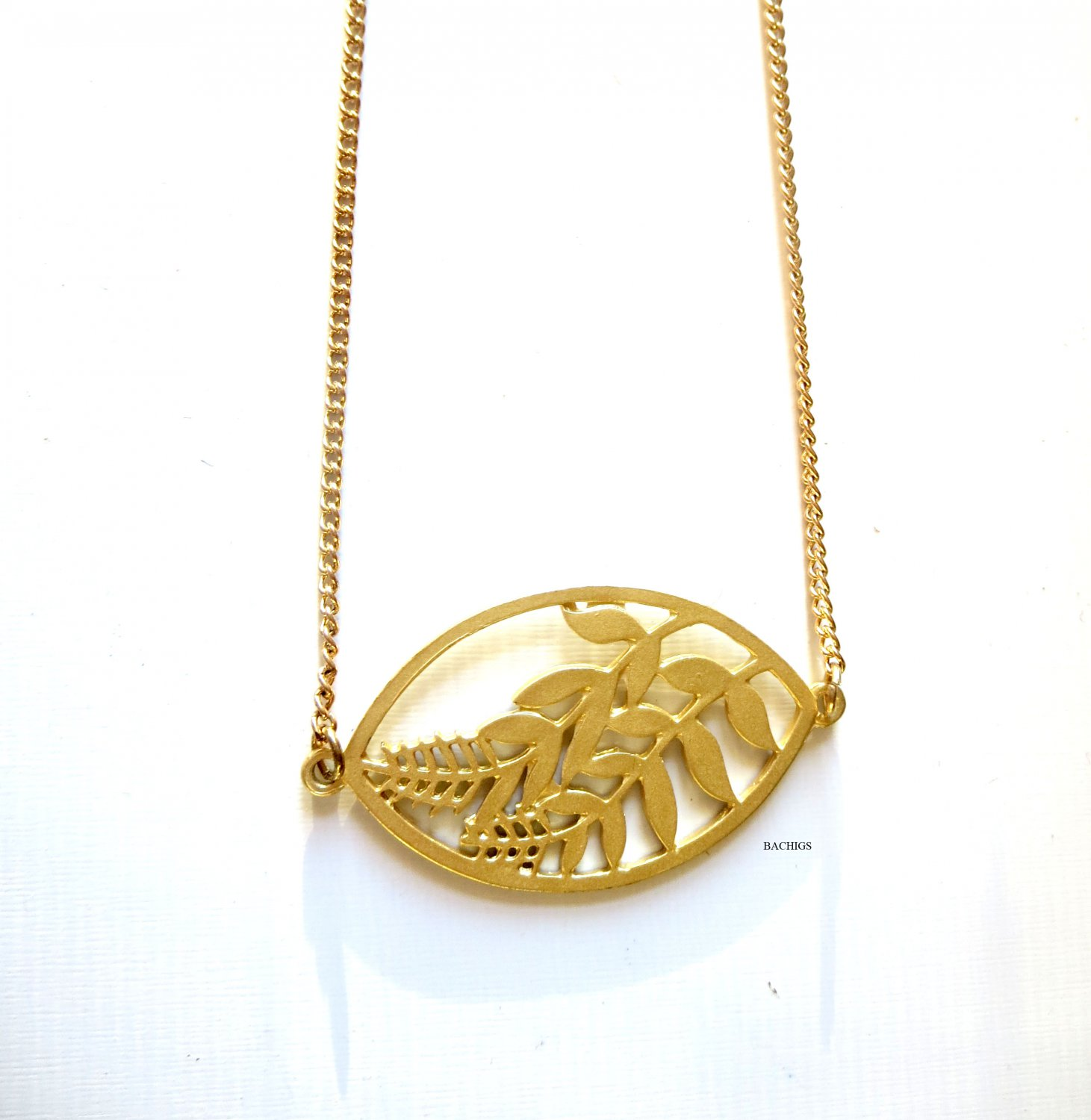Gold leaf necklace fashion jewelry