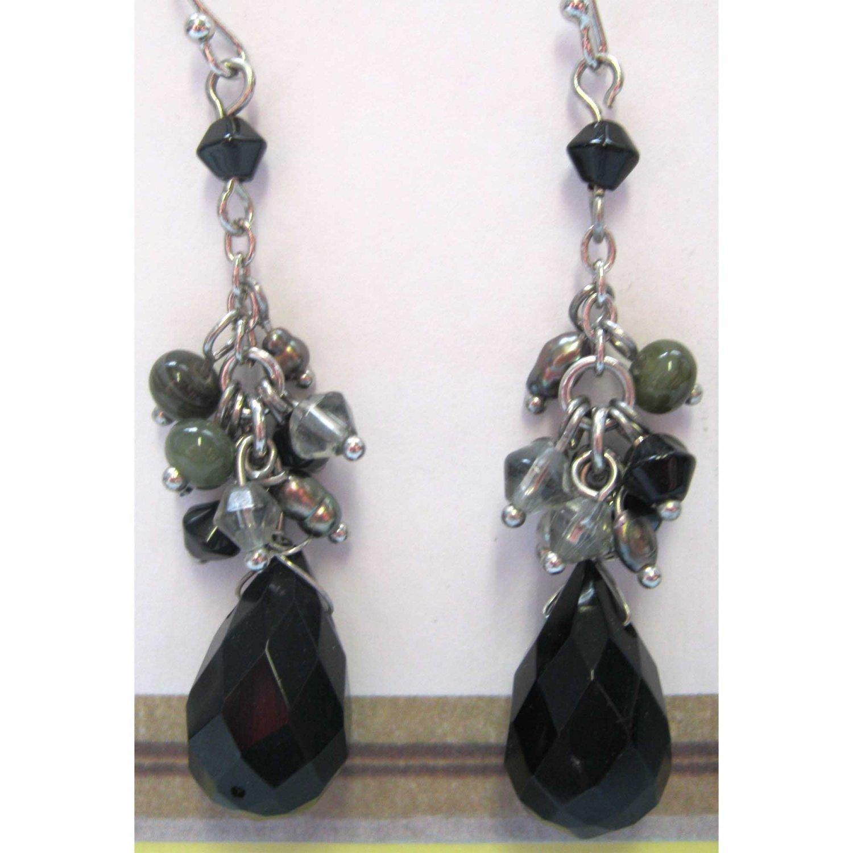 Black drop fashion drop earrings