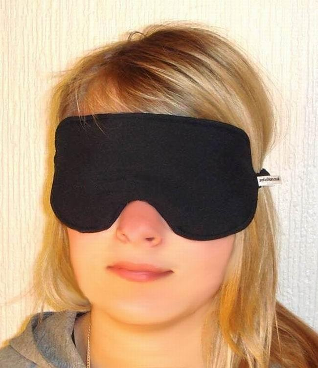 --NEW SOFT PADDED EYE / SLEEPING MASK BLINDFOLDS TRAVEL--