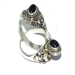 925 Sterling Silver Bali Thin Oval Black Onyx Poison Ring