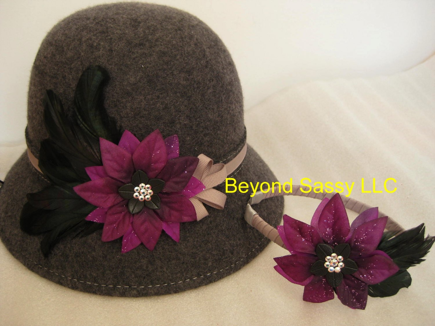 Mother Daughter Grey Purple Chrismas Crystal Flower Cloche Derby Church Wool Hat & Headband Set