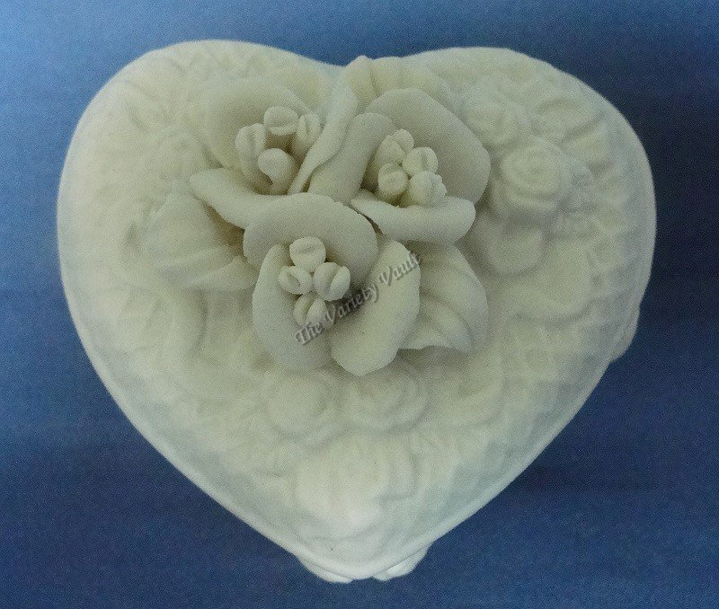 Porcelain Floral Trinket Box Lincolnshire Collection Ivory Raised New