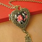 Beautiful flowers, heart-shaped treasure box necklace