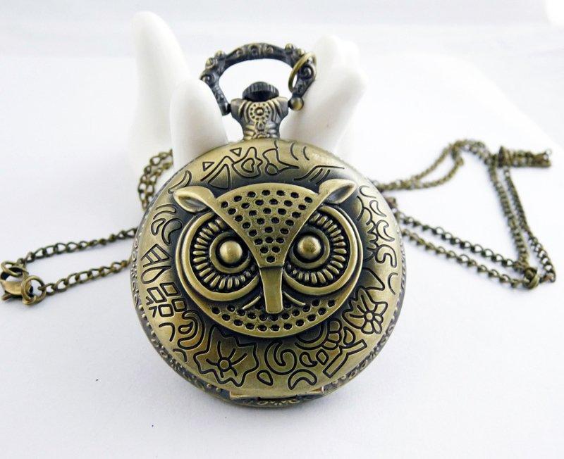 Retro pocket watch necklace owl