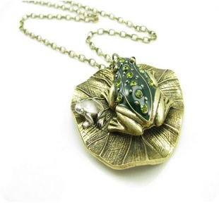 Retro frogs, Lotus leaf, long necklace