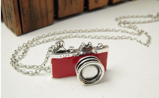Retro style camera necklace, Red
