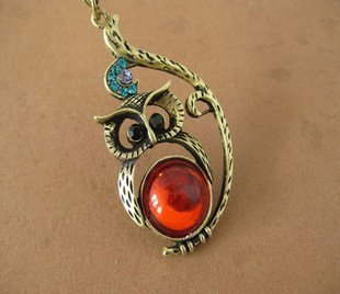 Owl necklace BZ175