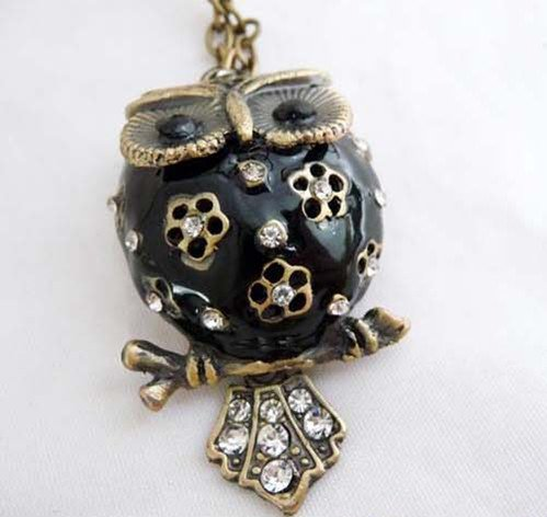 Fat belly owl necklace, Black