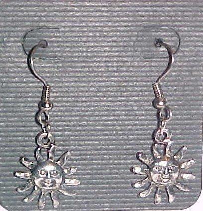 Smiling Sun Earrings (Pierced Ears)