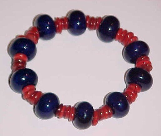 Blue and Red Beaded Shell Stretch Bracelet 7.5-8 inches