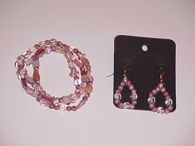 Pink and White Swirl Beaded Stretch Bracelet and Earring Set  (Pierced Ears)