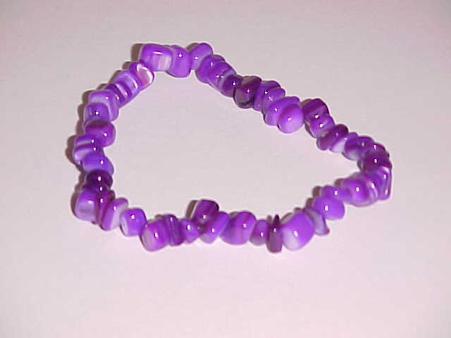 Totally Purple Beaded Shell Stretch Bracelet 7 inches
