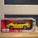 2010 Maisto Special Edition Porsche 911 Carrera S Cabriolet Yellow 1:18