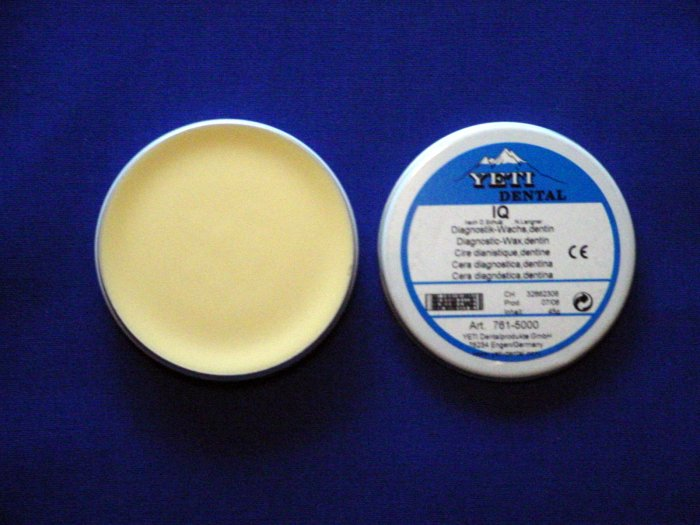 2240 Yeti Diagnostic Wax Dentin 45g
