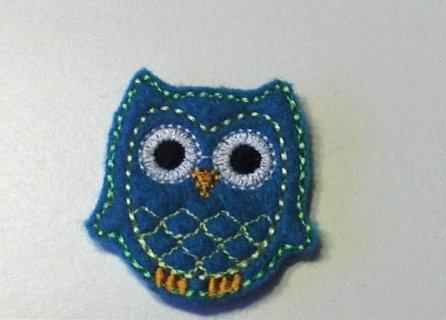 Teal owl felt clippies