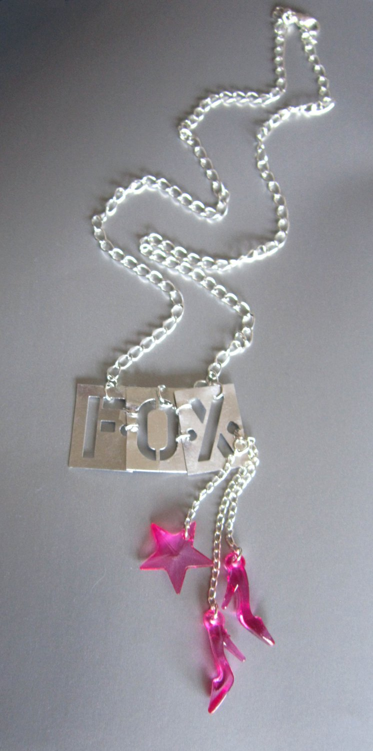 Express Yourself! Foxy Lady Necklace