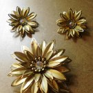 VINTAGE Flower Pin Brooch GOLD Flower Mothers Day Aurora Rhinestone Brooch and Earrings