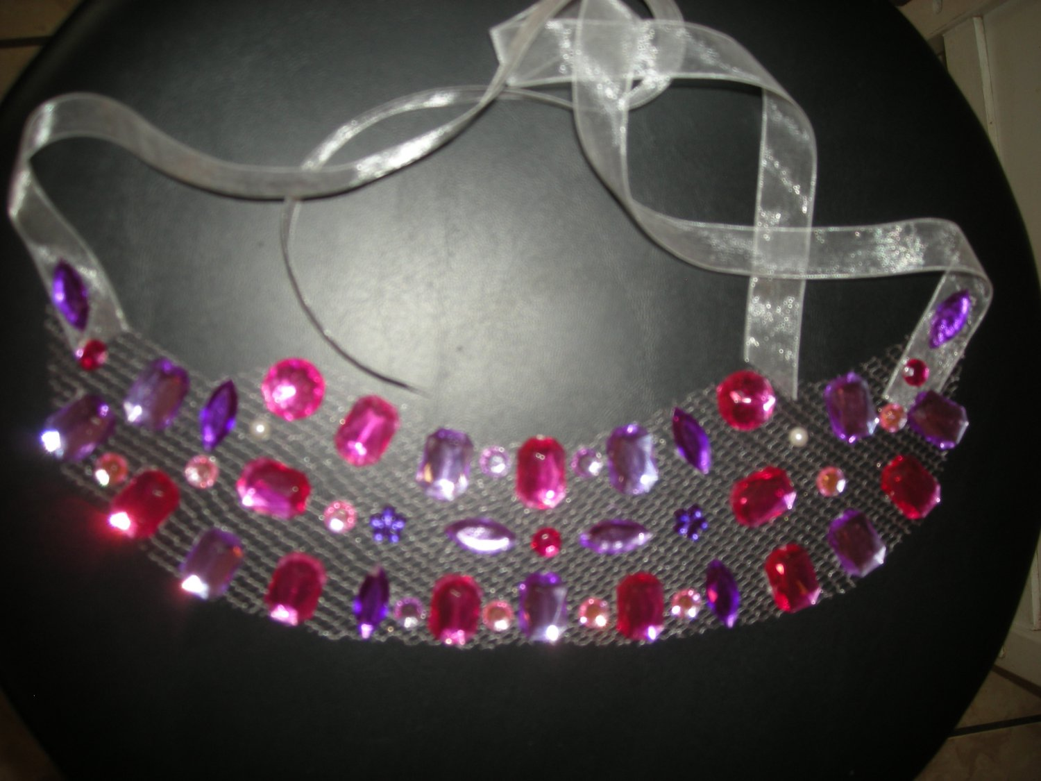 Pink rhinestones tulle necklace