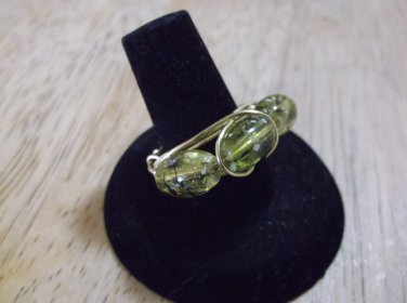 Gold metal, glass green beads size 7 ring