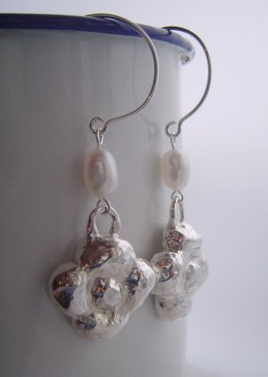 little blossoms earrings - ebb