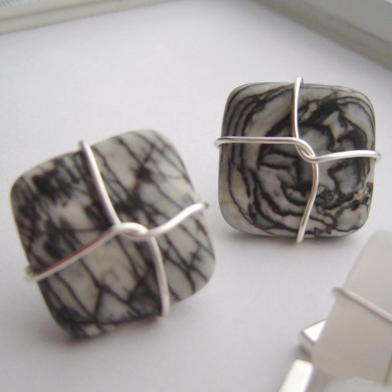 Picasso jasper wired cufflinks