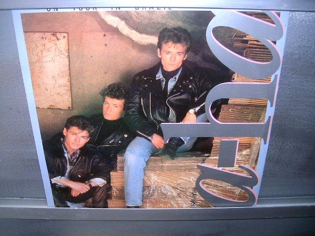 A-HA On Tour in Brazil 1989 NEW WAVE  MUITO MUITO BOM