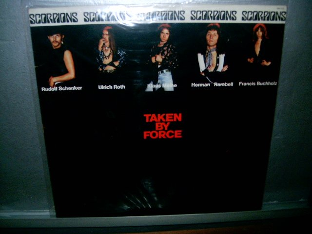 SCORPIONS taken by force LP 1977 ROCK SEMI NOVO MUITO RARO VINIL