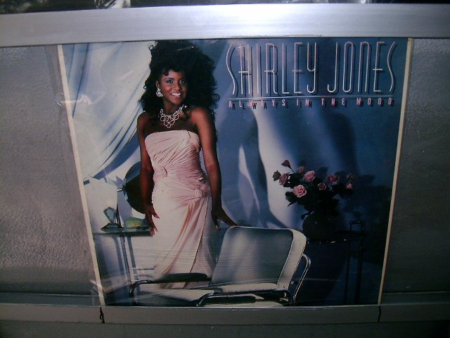SHIRLEY JONES always in the mood LP 1987 SOUL MUSIC EXCELENTE MUITO RARO VINIL