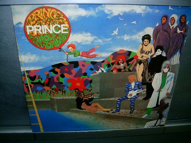 PRINCE AND THE REVOLUTION around the world in a day LP 1985 SOUL MUSIC SEMI-NOVO MUITO RARO VINIL