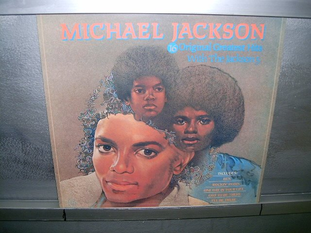 MICHAEL JACKSON  & JACKSON 5 16  greatest hits  LP 1984 BLACK MUSIC SEMI-NOVO MUITO RARO