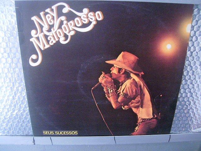 NEY MATOGROSSO ney matogrosso e seus sucessos LP 1978 ROCK BRASIL EXCELENTE MUITO RARO VINIL