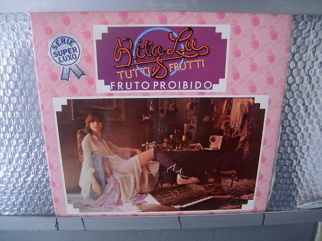 RITA LEE & TUTTI FRUTTI fruto proibido LP 1975 ROCK BRASIL SEMI NOVO MUITO RARO VINIL