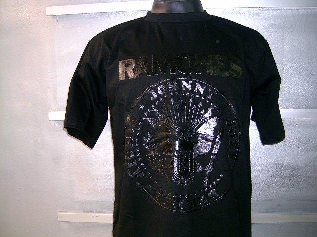 RAMONES T SHIRT BLACK L