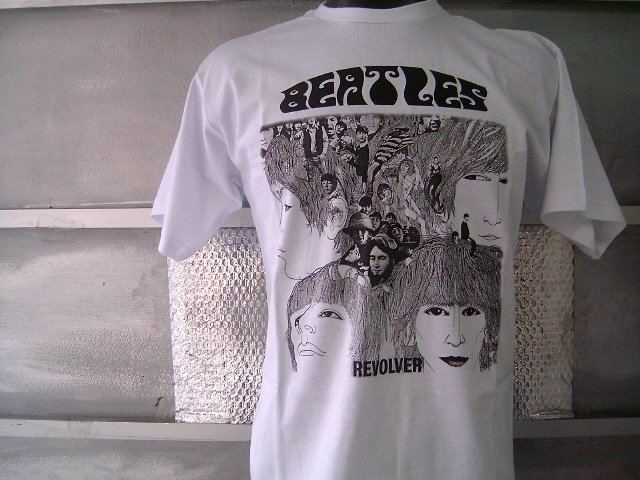 THE BEATLES REVOLVER T SHIRT  WHITE L