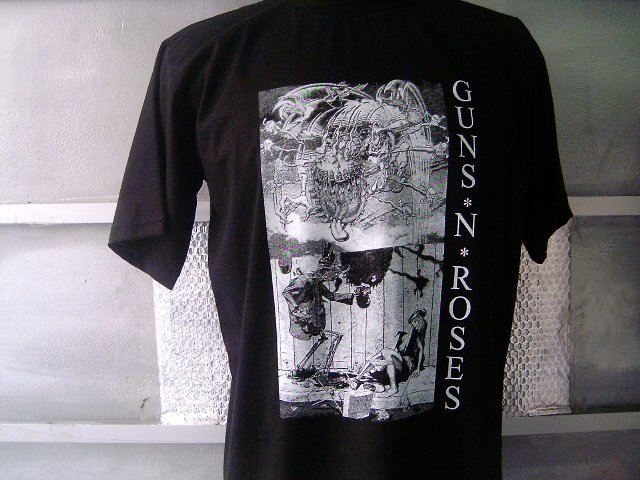 GUNS N ROSES T SHIRT BLACK L