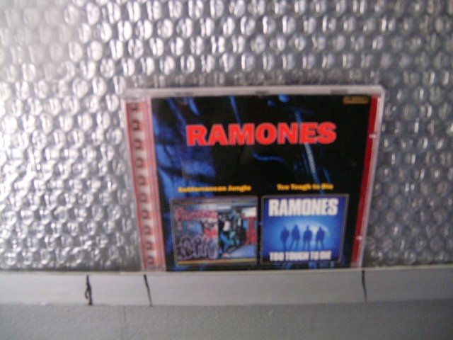 RAMONES subterranen jungle too tough to die CD 1983 1985 PUNK ROCK