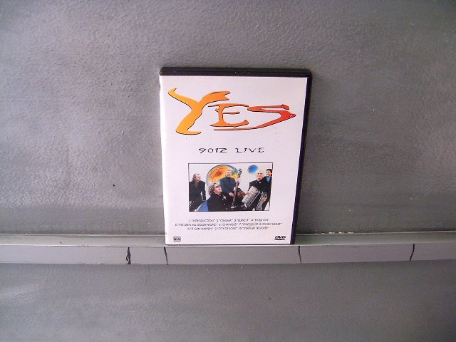 YES 9012 live DVD ? PROGRESSIVE ROCK