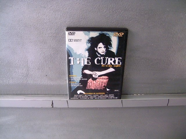 THE CURE picture show DVD ? ALTERNATIVE GOTHIC ROCK