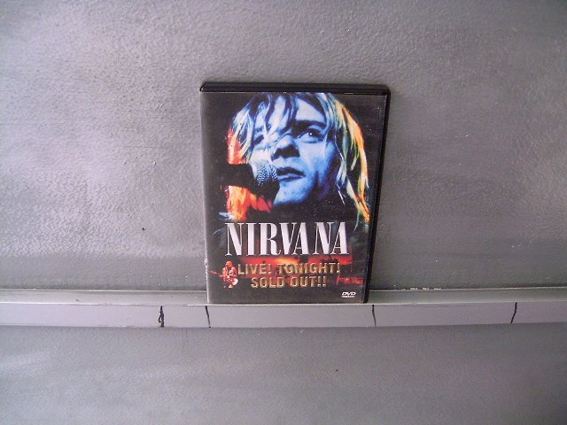 NIRVANA live! tonight!sold out!! DVD ? GRUNGE