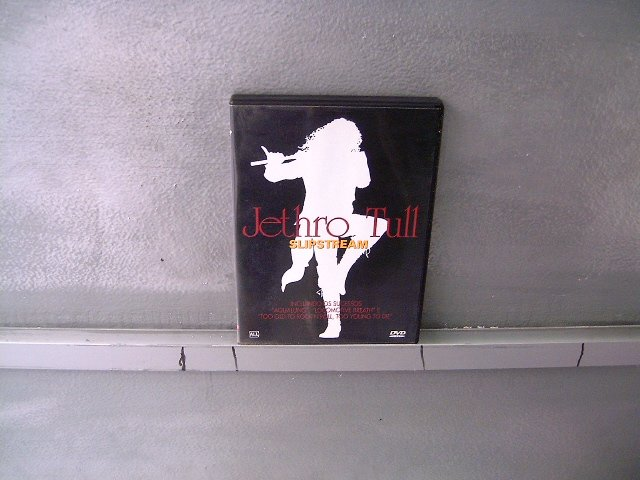 JETHRO TULL slipstream DVD ? PROGRESSIVE ROCK