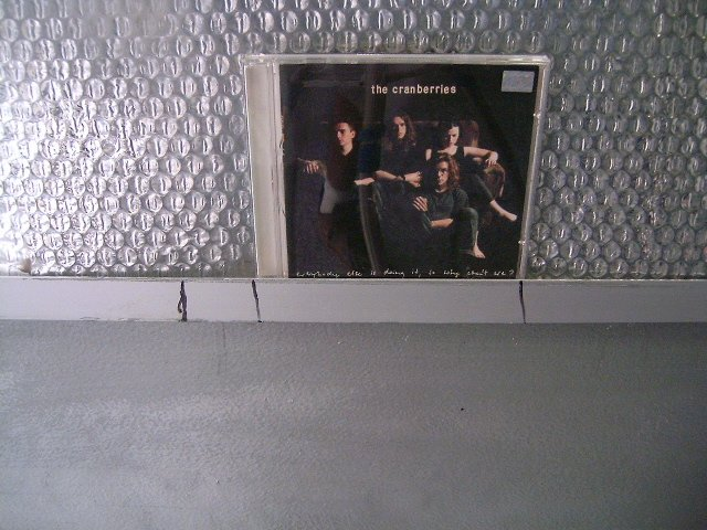 THE CRANBERRIES everybody else is doing it, so why we can't we? CD 1992 POP ROCK