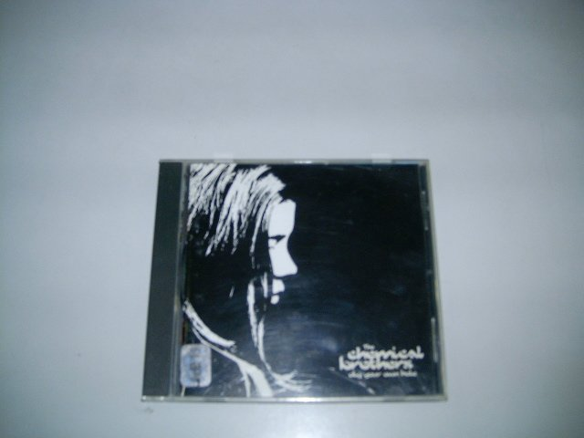 THE CHEMICAL BROTHERS dig your own hole CD 1997 ELECTRONIC MUSIC