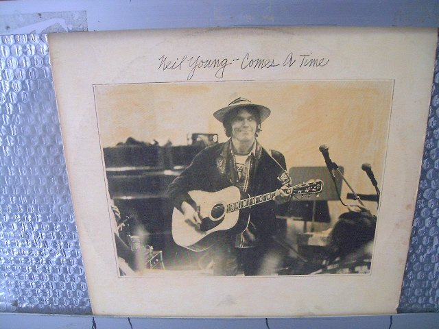 NEIL YOUNG comes a time 1978 ROCK
