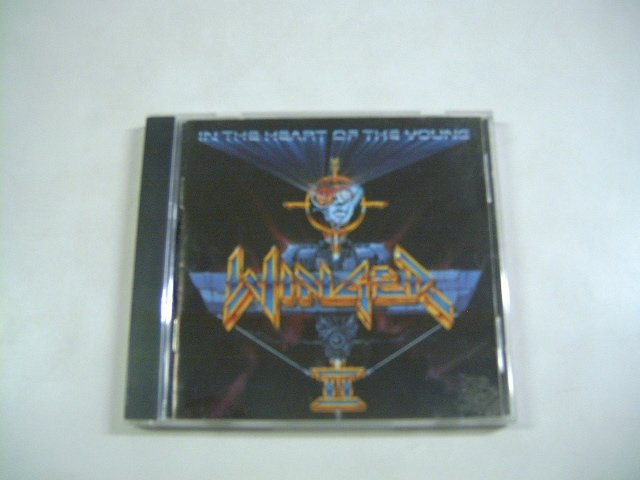 WINGER in the heart of the young CD 1990 HARD ROCK
